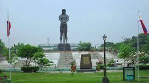 Lapu-Lapu statue in Rizal park