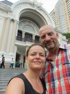 Outside the opera selfie